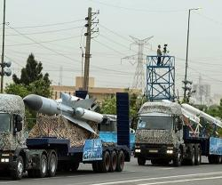 Iran Unveils Two New Air Defense Systems at Army Day