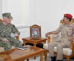 Oman Receives Chief of US Naval Forces Central Command