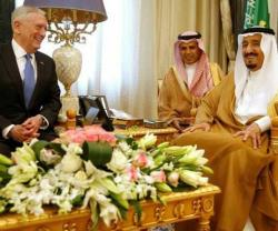 US Defense Secretary Meets Saudi King, Deputy Crown Prince