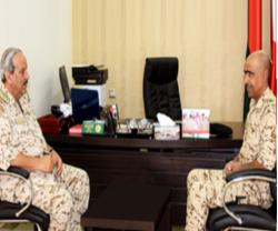 Bahrain's Commander-in-Chief Praises Defense Units