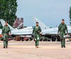 UK-Qatari Typhoons Start Flying as Joint Squadron