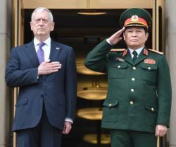 U.S. Aircraft Carrier to Visit Vietnam Next Year
