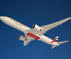 Emirates Places Record Order for 150 Boeing 777X Jetliners