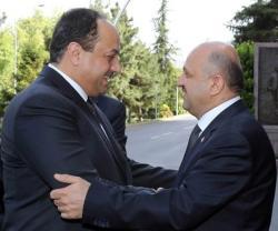 Turkish Defense Minister Receives Qatari Counterpart