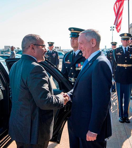 Bahrain's Crown Prince Meets US Secretary of Defense