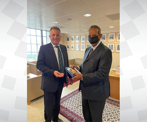 Bahrain Defence Chief Visits UK's Defence Ministry