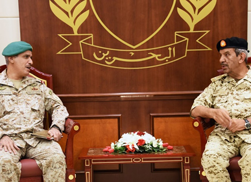 Bahrain Defense Chief Receives Peninsula Shield Force Commander