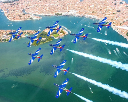 Bahrain Int'l Airshow (BIAS) Reveals Flying Display Line-up