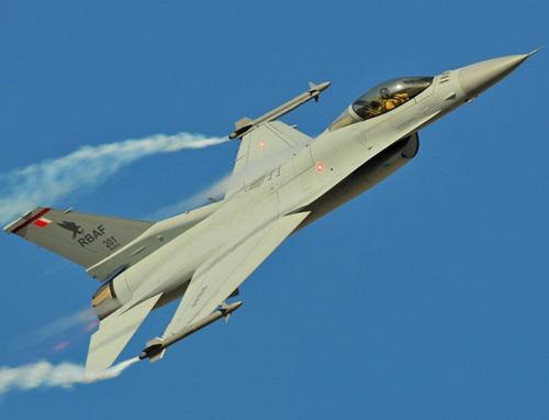 Bahrain to Upgrade 20 F-16 Block 40 to F-16V Configuration