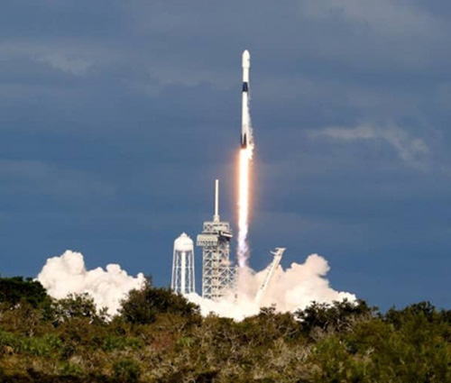 First Saudi Communications Satellite Launched Into Orbit