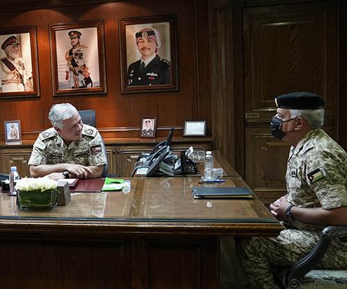 Jordanian King Visits Army Headquarters