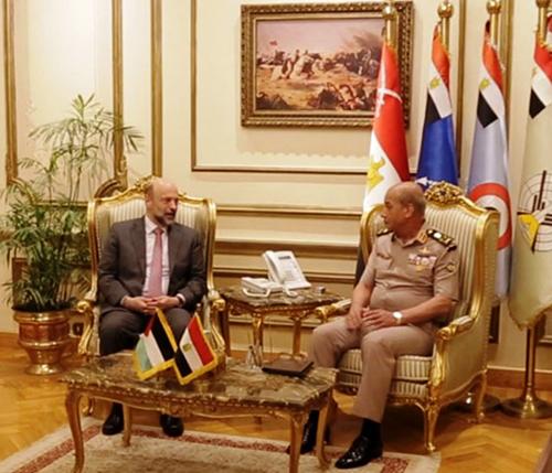 Jordanian Prime Minister Meets Egyptian President, Defense Minister