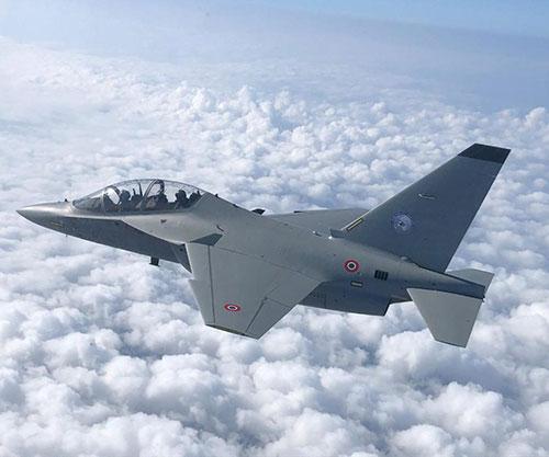 Leonardo, CAE Form JV to Support International Flight Training School in Italy
