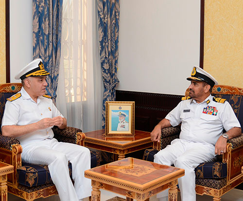 Oman Receives Turkish Naval Delegation