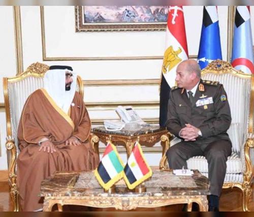 UAE, Omani Ministers for Defense Affairs Attend EDEX