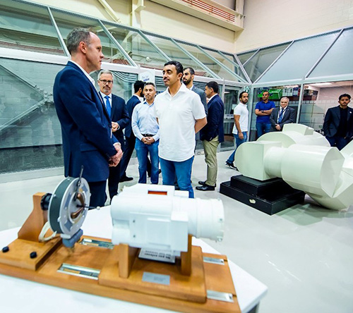 UAE Foreign Minister Visits Canadian Space Agency