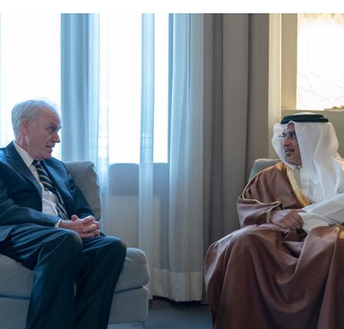 US Secretary of the Navy Meets Top Bahraini Officials