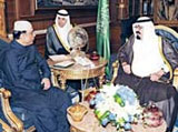 Saudi King, Pakistani President Discuss Regional Security