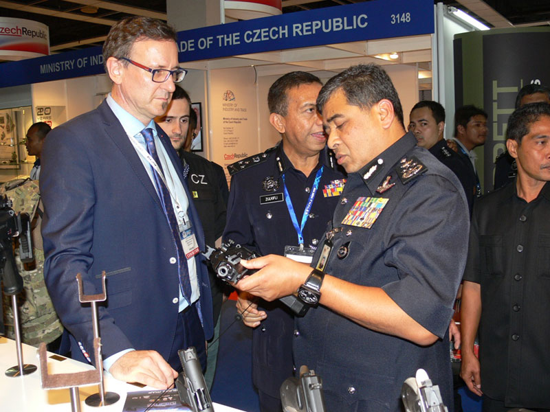 CZ to Supply 400 Submachine Guns to Malaysian Police