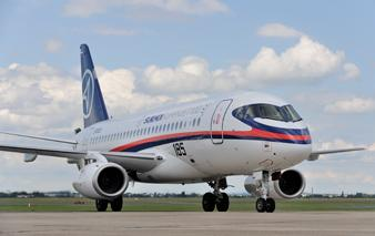 Russian and Italian Leaders Tour Sukhoi Superjet 100