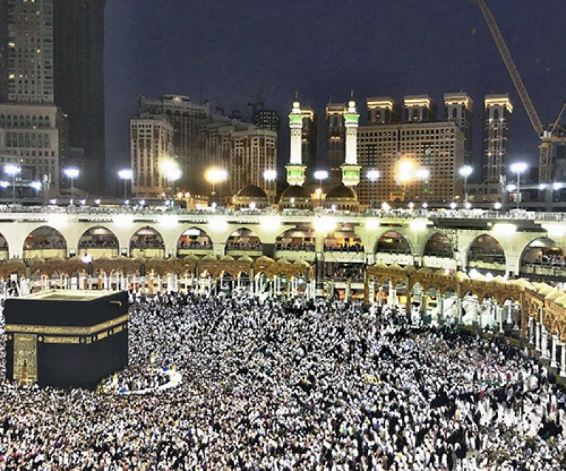 Kuwait's Defense Minister Congratulates Saudi Crown Prince on Success of Hajj