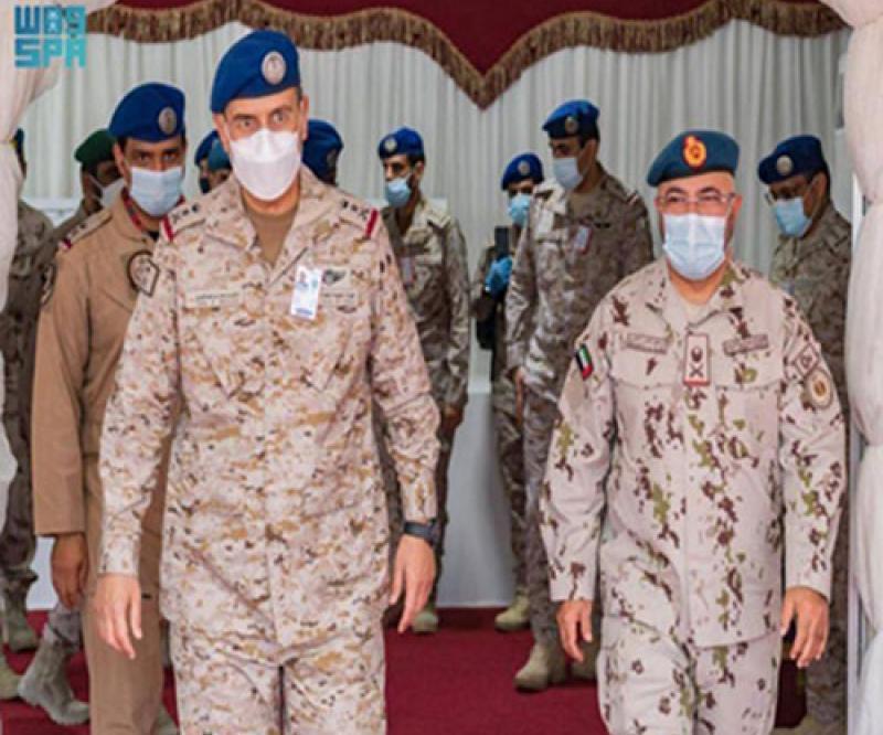 Saudi Air Force Commander Receives Emirati Counterpart at King Abdulaziz Air Base