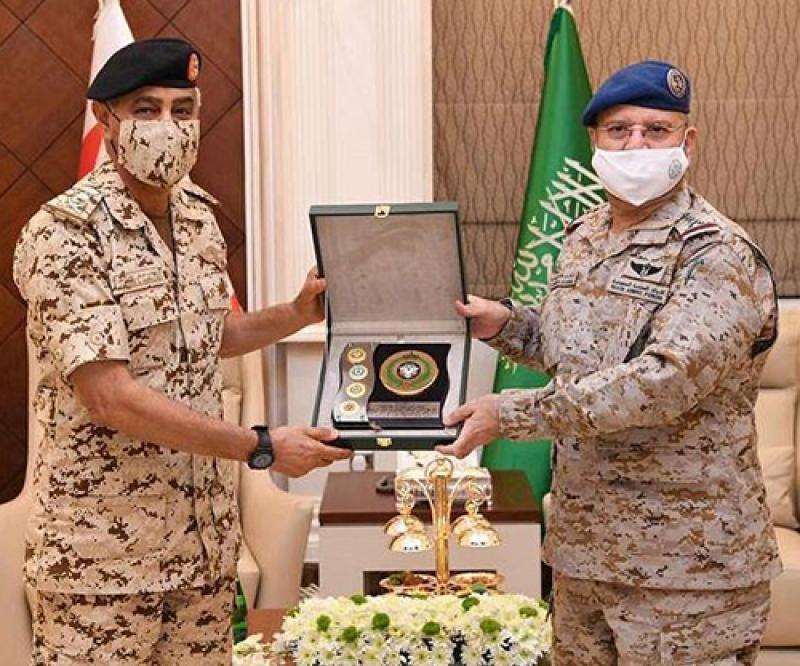 Saudi Chief of Staff Receives Bahraini Counterpart