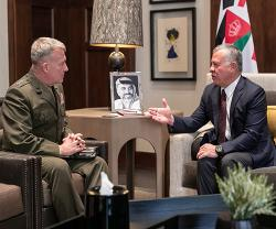 Jordanian King Meets US Military Officials