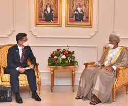 Oman's Deputy PM for Defense Affairs Receives Korean Minister of National Defense