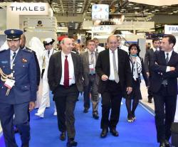 Qatar, France Sign €6.7 Billion Contract for 24 Rafale Jets at DIMDEX